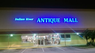 Indian River Antique Mall Sign Lit-Up
